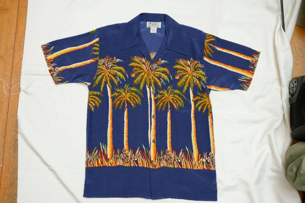 ブルーノ・マーズが着用したこともあるという人気柄のアロハシャツ