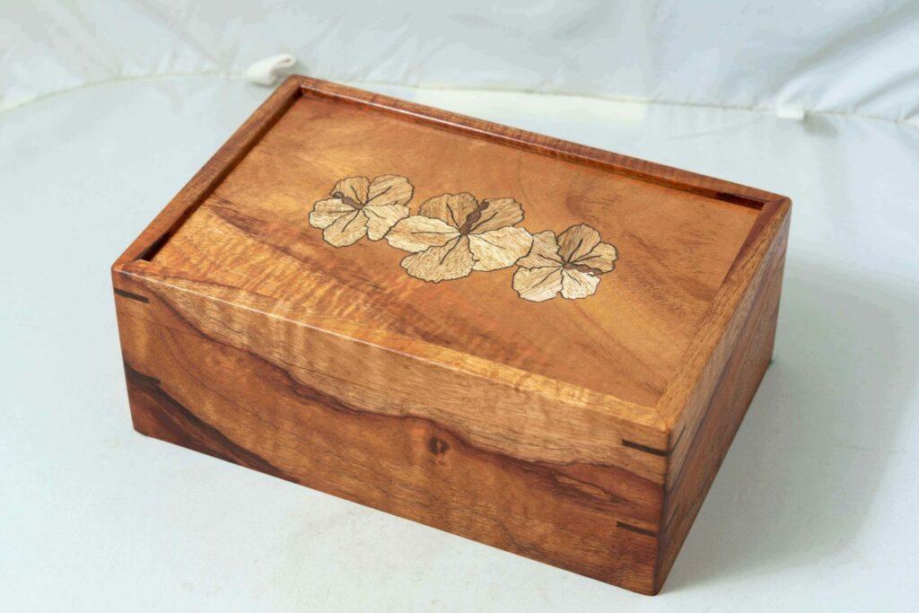 コアウッドのボックス