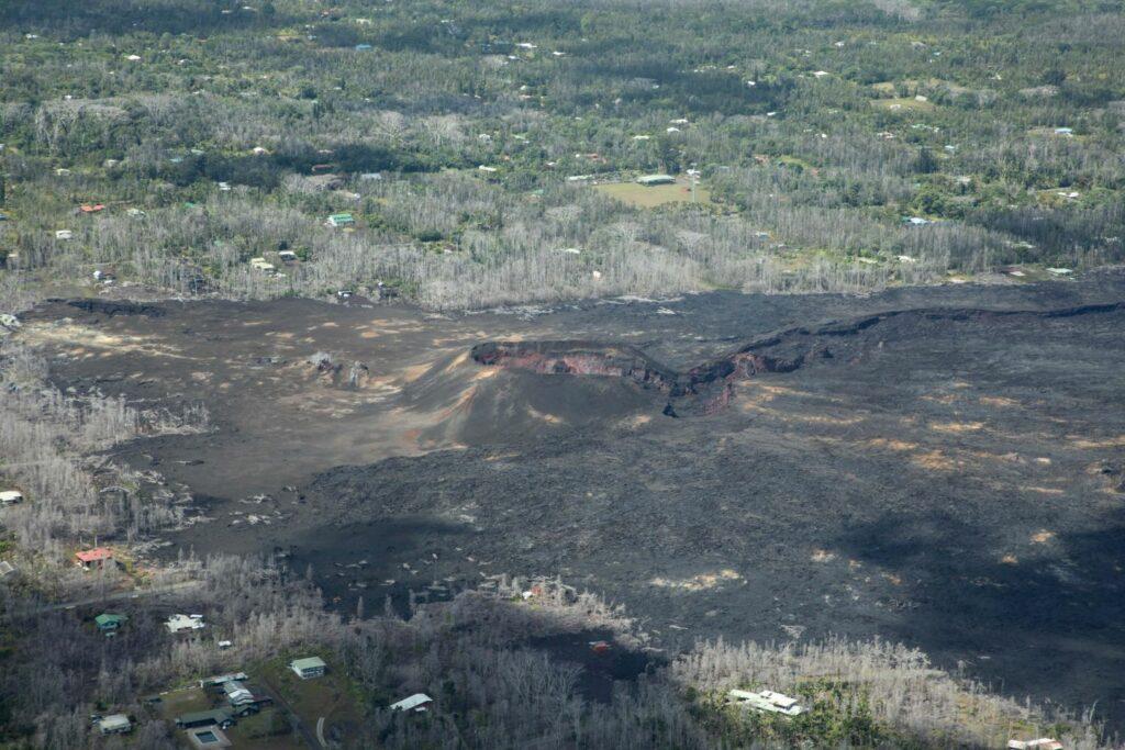 熔岩流の跡
