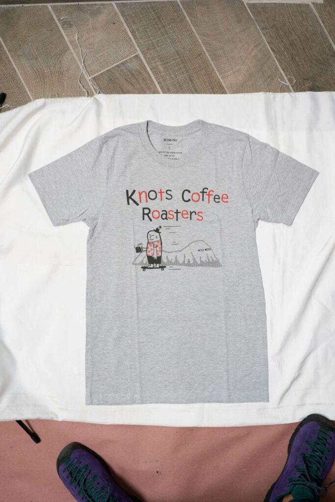 ハワイの有名ブティックとコラボしたTシャツ