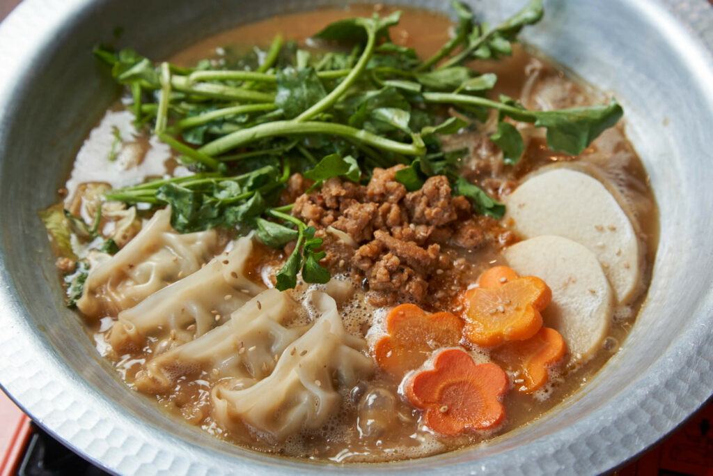 ピリ辛餃子鍋