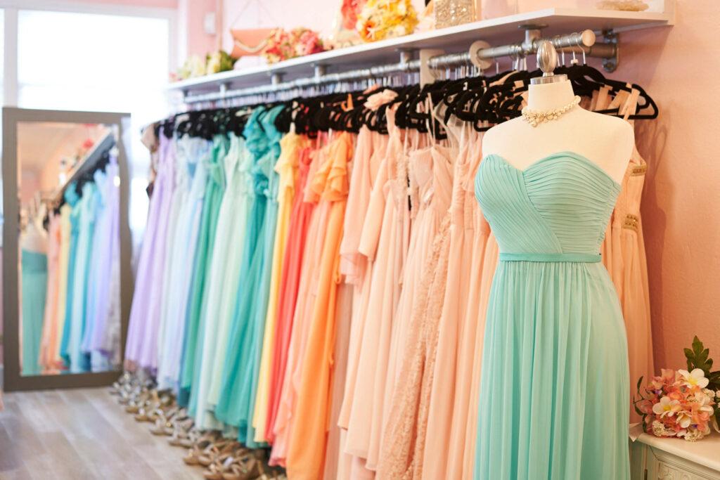 ブライズメイドのドレス