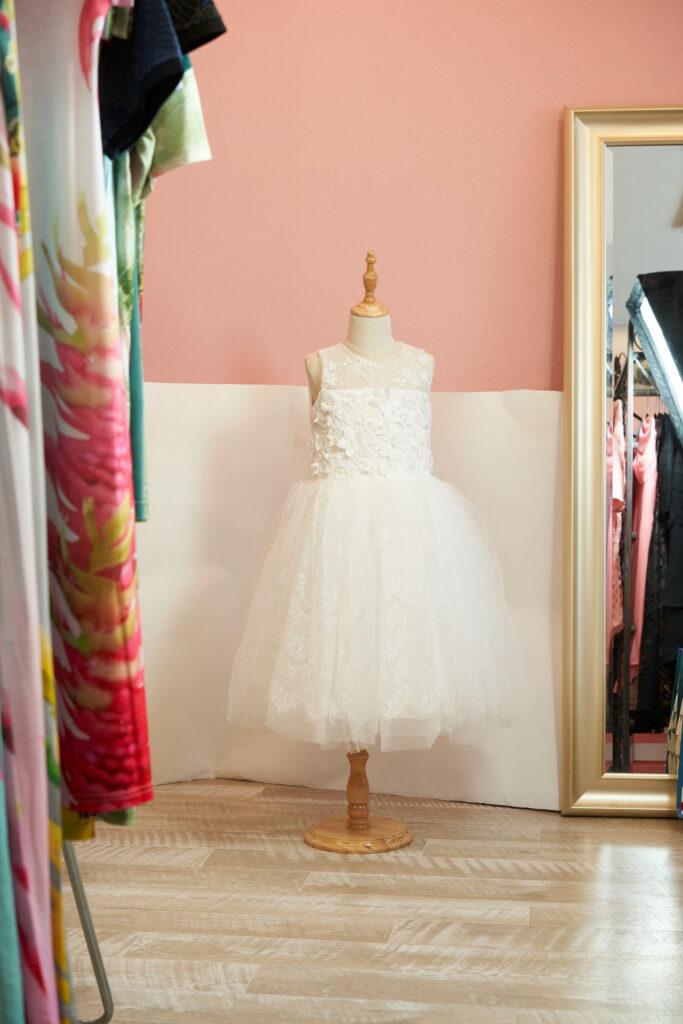 女の子のドレス