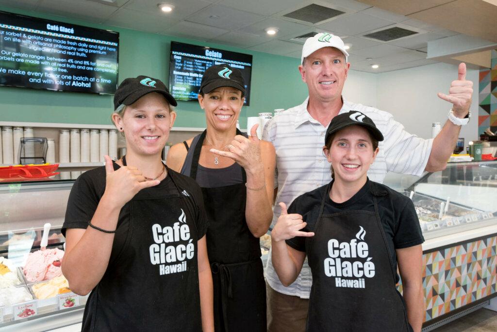 カフェ・グラッセ・ハワイのスタッフ