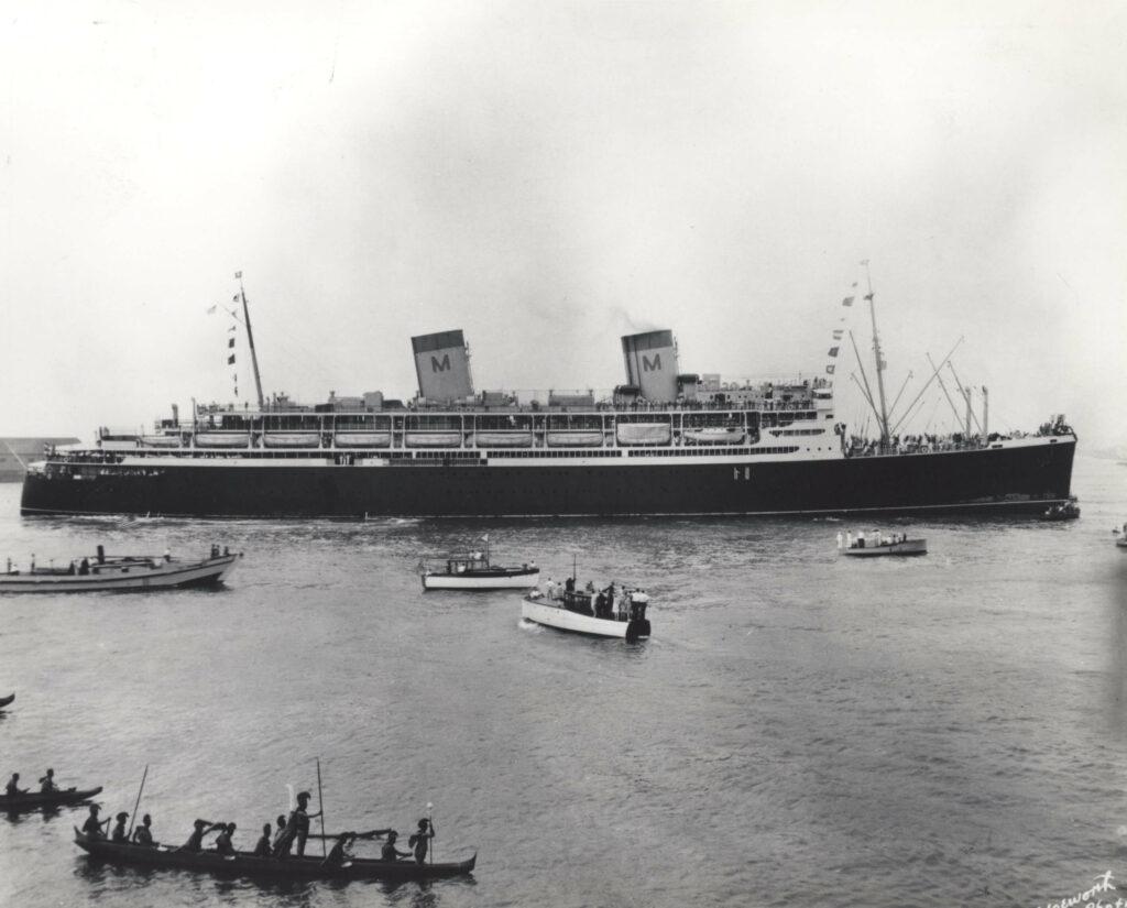 定期観光船マトソン社のマロロ号